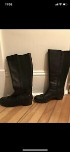 NEW LEATHER BOOTS - Hush Puppies