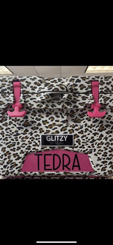 Glitzy Leopard Cooler