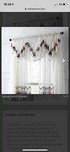 Curtains/sheers