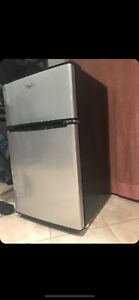 Whirl pool mini fridge 2 door