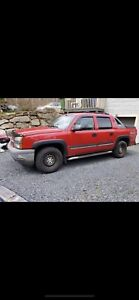 2005 Chevy avalanche new mvi  trade only