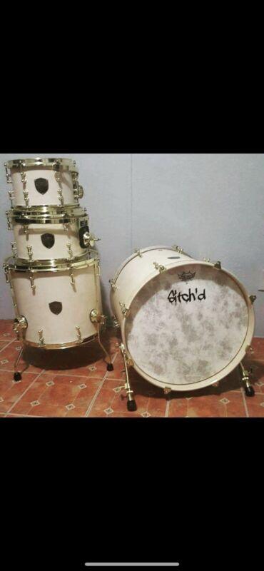 Archer Custom Drum kit