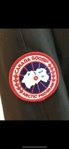 CANADA GOOSE BRAND NEW TAGS ON UNWORN