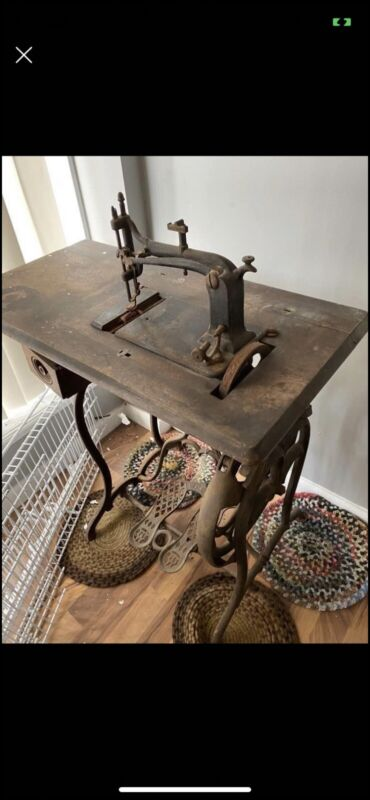 Late 1800s Weed Sewing Machine