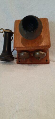 Stromberg Carlson antique small telephone/intercom with bottom bells