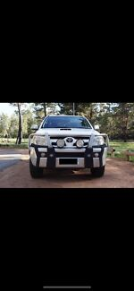 Toyota Hilux SR5 factory alloy bull bar 2005 - On Belconnen Belconnen Area Preview