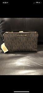 Michael kors handbag with matching wallet