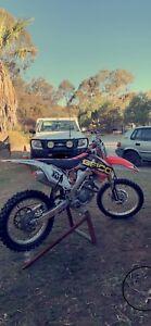 2010 Honda crf250r 4 stroke low hours