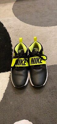 Nike Boys size 7 youth Team Hustle D8 Black Leather Basketball Shoes 881941-001