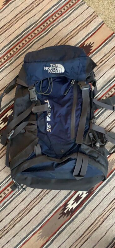 The North face Terra 35 Hiking, Backpacking, Backpack Navy Blue