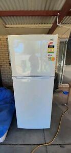 LG Fridge/Freezer 391 litre