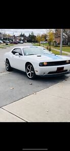 Dodge Challenger 2014 Like Brand new Condition