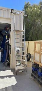 Flybridge ladder