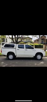2014 Toyota Hilux SR Manual 4X4 MY14 Double Cab Queanbeyan Queanbeyan Area Preview
