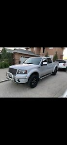 5.4L V8 FORD F-150 FX4 LOW KM + FORD EXTENDED WARRANTY