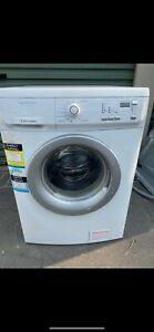 Electrolux 7KG Washing Machine Model: EWF1074