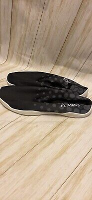 Mens Amoji Water/Beach Shoes Size 11