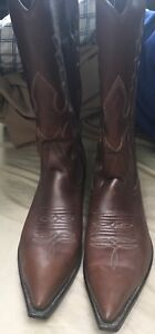 Size 8 1/2 Men's cowboy boots worn twice