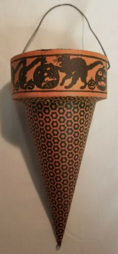 Bethany Lowe Halloween Vintage Style Paper Mache Cardboard Cone Cats Pumpkins