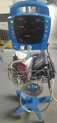 Ge Dinamap Procare 2019194-001 Patient Monitor W Stand And Extras