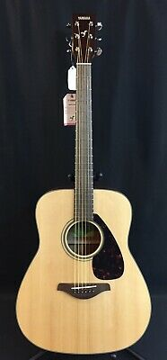Yamaha FG800 Dreadnought Acoustic Guitar Natural