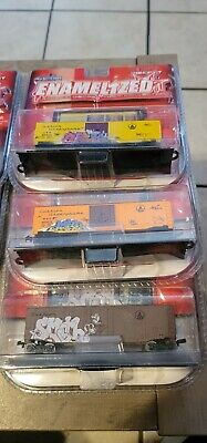 6 Maisto Custom Shop  Enamelized Graffiti Diecast Train Collection RARE! N GAGE