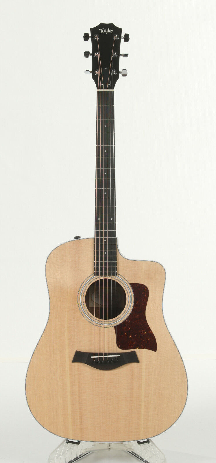 Taylor 210ce Acoustic-Electric Guitar - Natural - $600.00