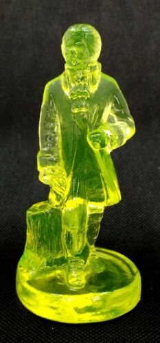 """Boyd Yellow Vaseline Glass COLONIAL MAN """"Lawrence"""" -  Uranium Glass - Rare Find!"""