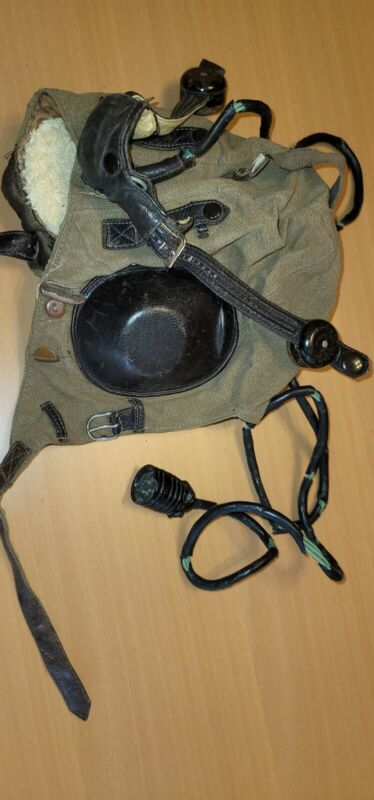 WW2 NAZI  LUFTWAFFE PILOT LEATHER HELMET Complete with Comms Type LKpW101