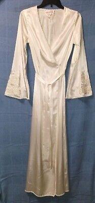 NWOT Victoria's Secret Sequined Bridal Robe * Ivory Satin * SMALL * Vintage