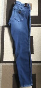 Guess power stretch skinny jeans size 31/30