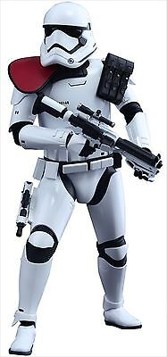 Hot Toys Star Wars The Force Awakens First Order StormTrooper Officer 1/6 Figure