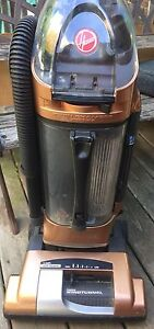 Hoover Windtunnel Vacuum with Pet Hair Brush