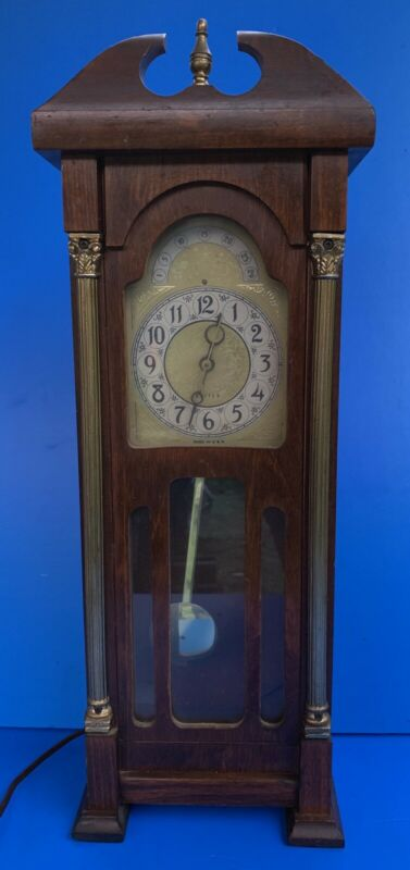 VINTAGE-UNITED-MINI GRANDFATHER-ELECTRIC MANTLE-WALL CLOCK-RUNNING