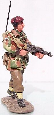 KING & COUNTRY OPERATION MARKET GARDEN MG010 BRITISH AB WALKING RADIOMAN MIB