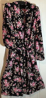 New women plush soft Fleece robe size XL leisure/Lounge robe floral print