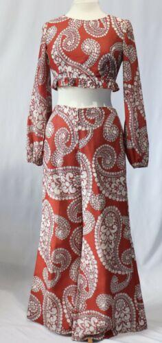 Vintage 70s Crop Top Bell bottoms Hip Huggers Pants Outfit Shirt Top