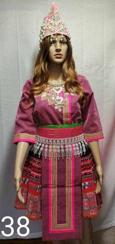 Hmong clothes. New pajntaub Outfit
