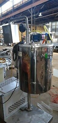 Stainless Jacketed De-areation Tank 25 Gallons
