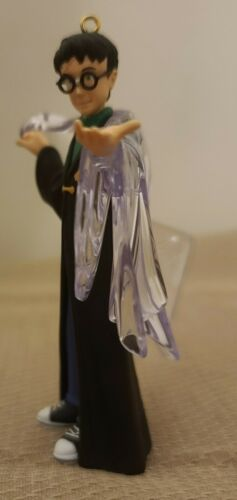 2002 Hallmark Keepsake Harry Potter The Invisibility Cloak Ornament