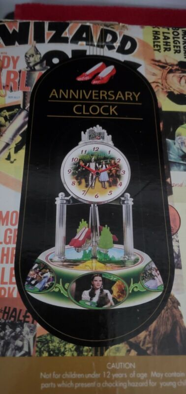 Wizard Of Oz BEAUTIFUL Anniversary Porcelain Clock IN THE BOX.
