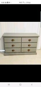 Beautiful light grey chest of drawers