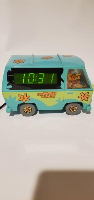 Vintage 1999 Scooby-Doo The Mystery Machine Digital Alarm Clock Nightlight