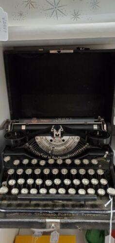 Vintage antique Underwood typewriter