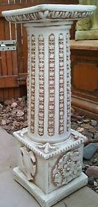 Pedestal or Column plant stand. Antique design. Great condition. Angle Park Port Adelaide Area Preview