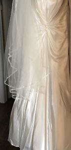 Size 12, off white wedding dress and veil