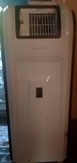 Portable Air conditioner Good condition $50