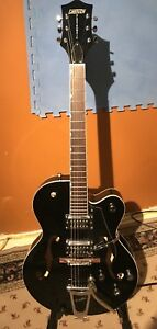 Gretsch Electromatic hollow body with hard case