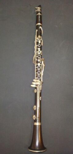 Full boehm Buffet clarinet in B flat used