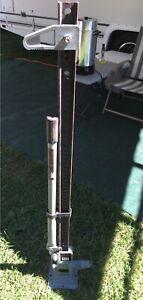 Cric 54 pouces capacité 4660 lbs excellente condition